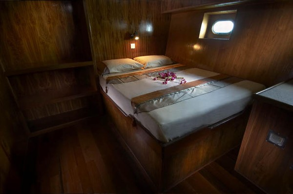 Black Manta Liveaboard Cabin Nine and Ten